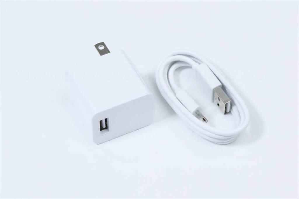 ZenFone-Live-L1-充電器・USBケーブル