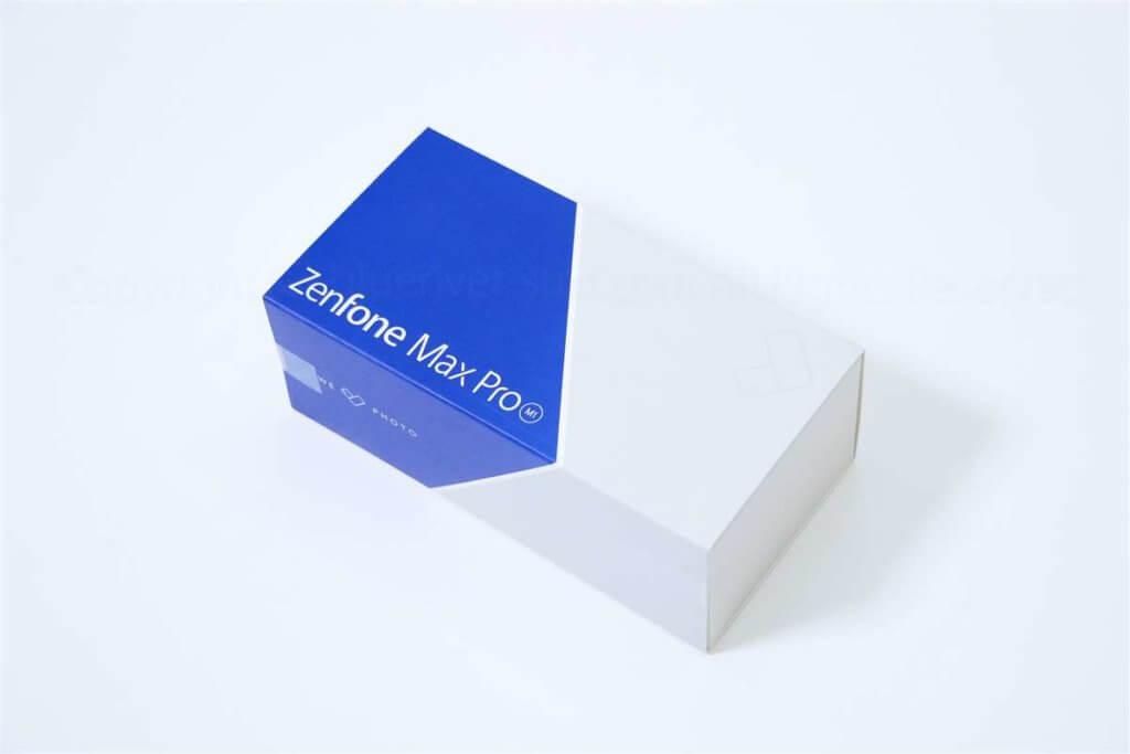 ZenFone MAX Pro M1パッケージ外観