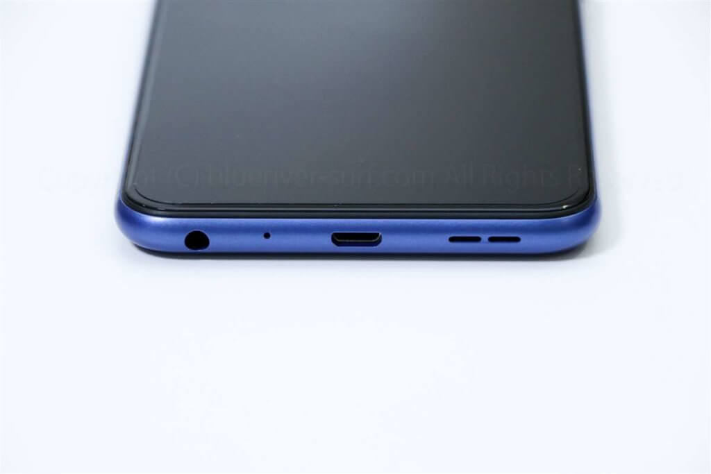ZenFone MAX Pro M1端子