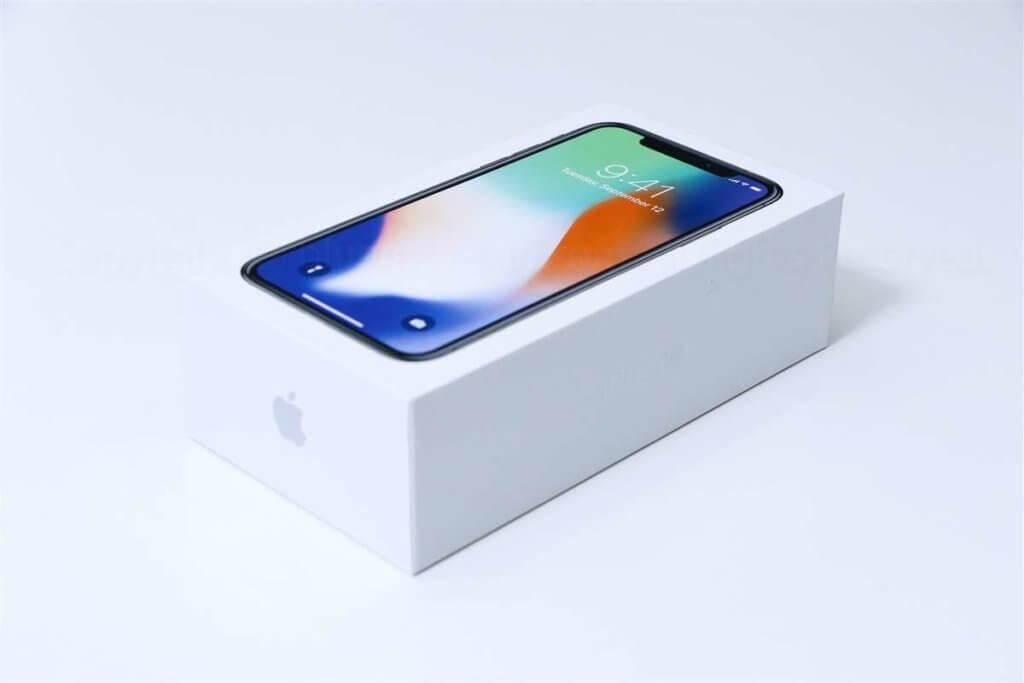 iPhone Xパッケージ