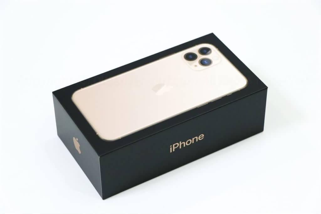 iPhone 11 pro パッケージ01