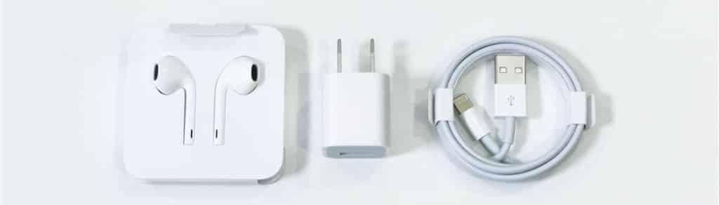 iPhone 11付属品レビュー01