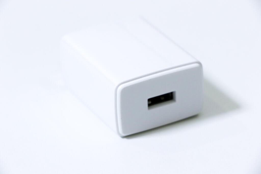 OPPO A5 2020充電器02