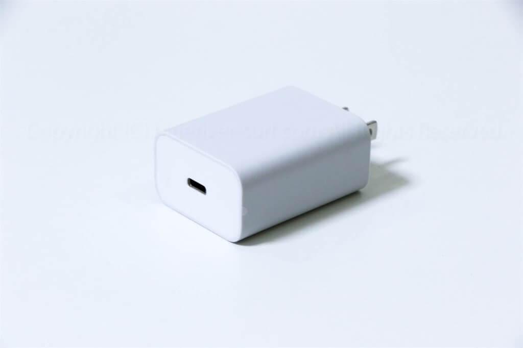 Pixel 4 充電器01